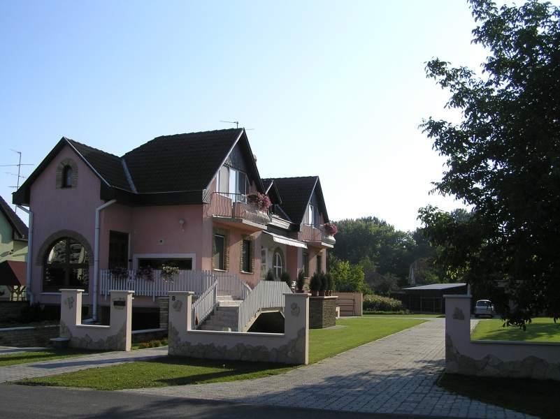 Dunamentikerkprtra03
